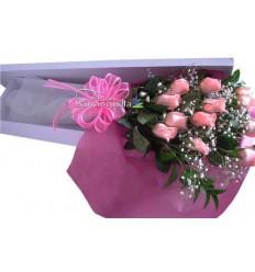 Cajas con rosas rosadas